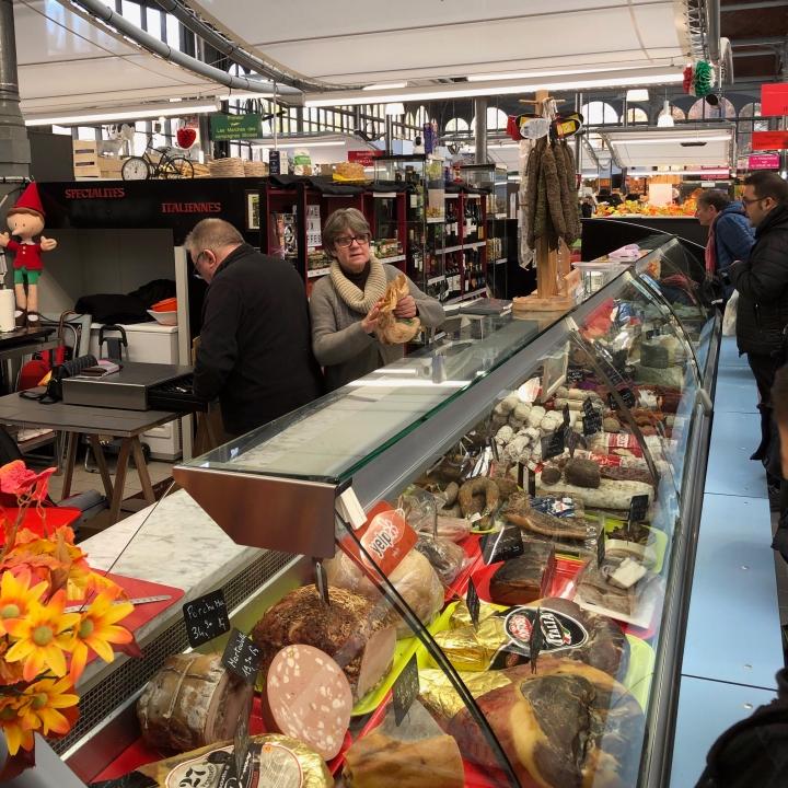 marche de wazemmes, italian food market, lille food market, Maserati grand tour